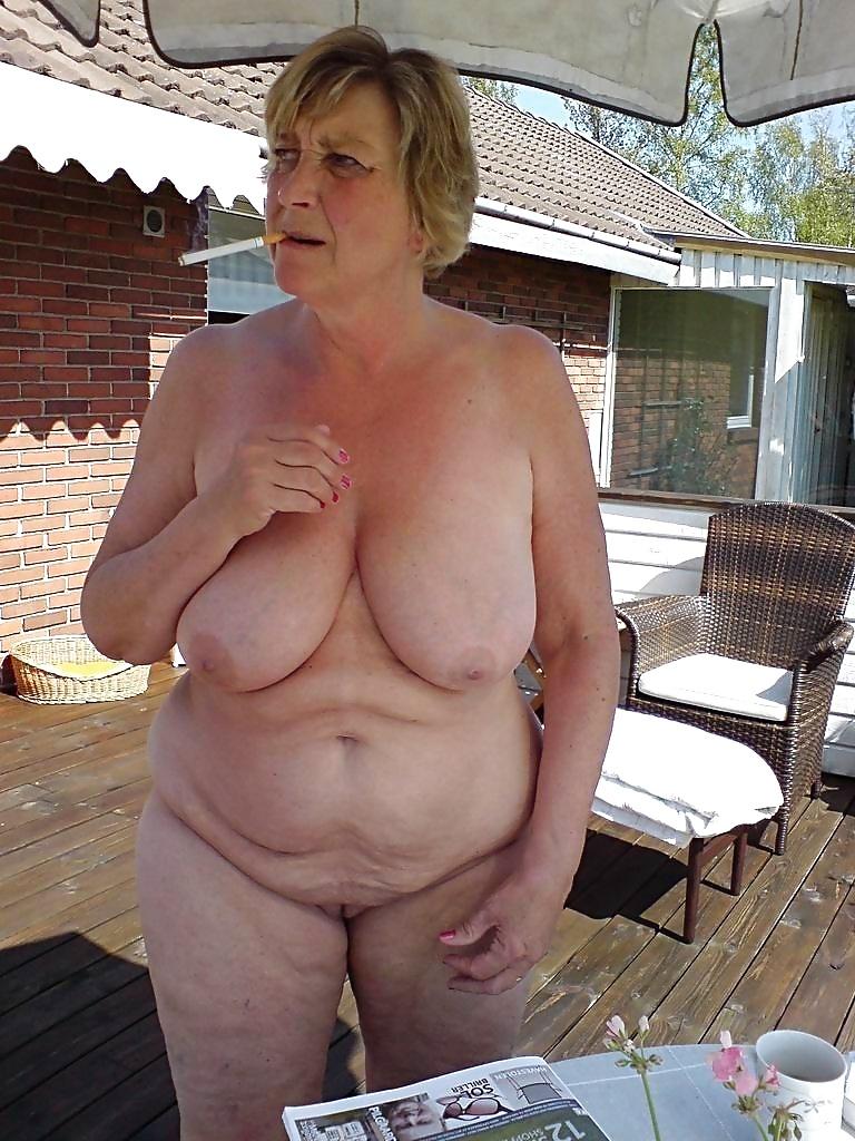 Grannies mature milf blowjob handjob sucking 3 #33840634