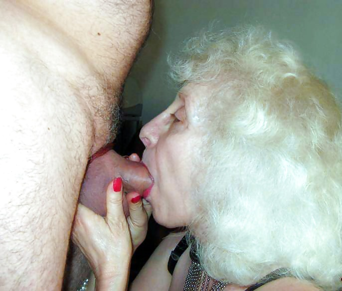 Grannies mature milf blowjob handjob sucking 3 #33840848