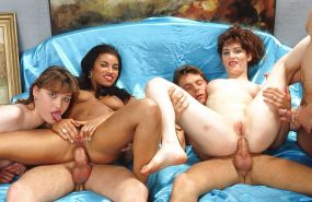 Cru Photos XXX - Babes Matures Bbw Etc