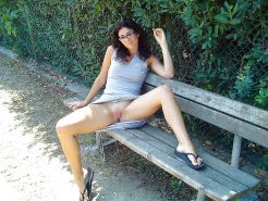 Upskirt, Flashing, candid images from girls and matures #28013041