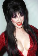 ELVIRA: Nude Mistress Of The Dark