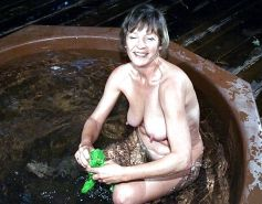 Only the best amateur mature ladies.29 #29351563