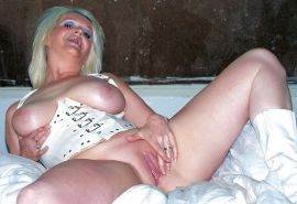 Matures of all shapes and sizes hairy and shaved 369 #28575307