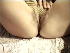 SAG - Busty Bitch In Her Sexy Hot Pants 01