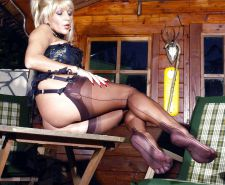 Lady Ewa 15 feet, smoking and stockings im Bayern