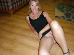 Mature Wives and moms posing and getting used #41126108