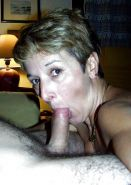 Amateur mature and milf  sucking cock ... #25957936