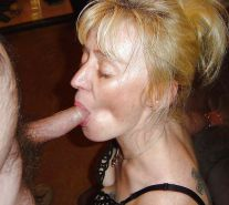 Amateur mature and milf  sucking cock ... #25957964