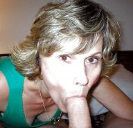 Amateur mature and milf  sucking cock ... #25957976