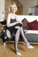 Mature English lady in vintage nylons 6