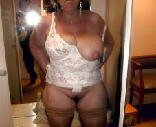 Real Wives and Grannies - Mature BBWs #25928631