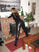 Here some more lovly latex,pvc leather upload from helle