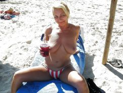 Mature beach bunnies and mermaids with natural tits VIII #35088953
