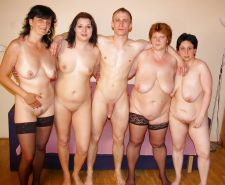 Matures of all shapes and sizes hairy and shaved 407 #31772406