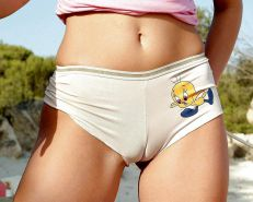 From the Moshe Files: Camel Toes Merit Your Stare