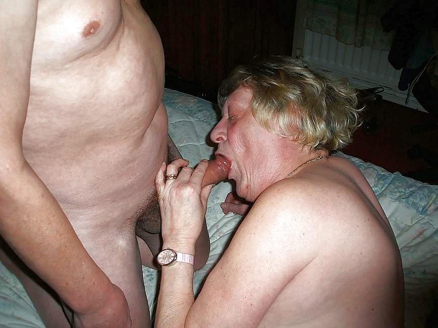 Grannies mature milf blowjob handjob sucking 8 #30448301
