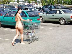 Extreme (public) nudity situations #40688196