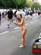 Extreme (public) nudity situations #40688228
