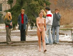 Extreme (public) nudity situations #40688404