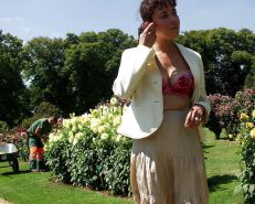 FRENCH NADINE flashing in a public park 2005