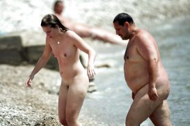 Nudist daughter & NOT dad at the beach