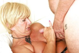 Grannies mature milf blowjob handjob sucking 6 #28312765
