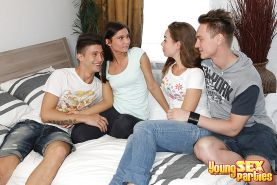 Young Sex Parties - Examine teen orgy gallery