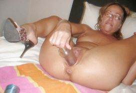 More mature wives and moms posing and being used #29956501