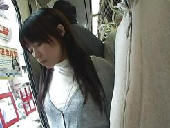 White panties 31:Groped on the bus.