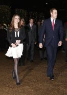 Kate Middleton Flashes ...