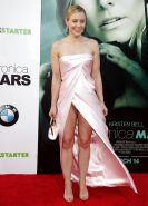 Kristen Bell's Peach Panties Upskirt on the Red Carpet