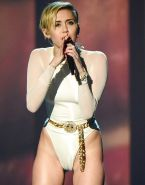 Beautiful Celebs Miley Cyrus (Voyeur)