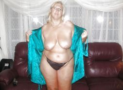 APPLES vs PEARS   milf, gilf, bbw fucking Delicious 2
