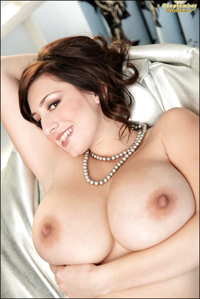 Big tits babe porn