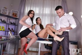Kinky brunette chicks Wendy Moona and Mea Melone indulge in foot fetish sex