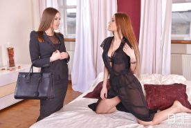 European MILF lesbians Kitana Lure and Angelica Heart lick cunts in nylons