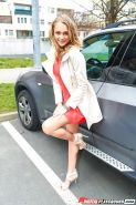 Blonde chick Ivana Sugar flashing upskirt pussy outdoors in car