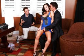Slutty latina Jenna Presley gets banged while her hubby watching