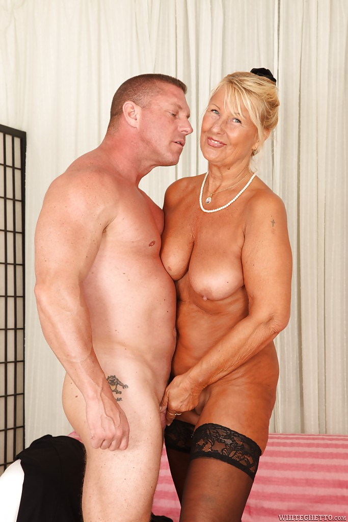 Hardcore fuck with outstanding mature mom Dillon A and her boyfriend #51359834