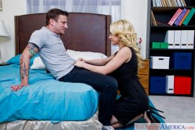 Pornstar wife Kagney Linn Karter sucks hubby's balls and cock