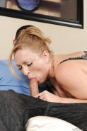 Vicky Vixen & Vanessa Cage have a threesome groupsex with a lucky guy