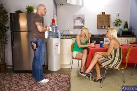 Juliana Jolene and Misty Vonage pleasing their muscled friend
