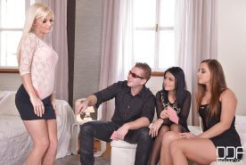Reverse gangbang with Euro chicks Aida Sweet, Candee Licious and Amirah