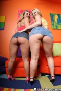 Sexy lesbians Brianna Love and Alexis Texas stripping together