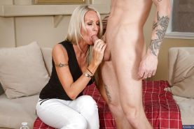 Hardcore MILF Emma Starr gets fucked in her nice tight pussy
