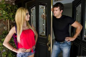 Jessie Rogers gives a fervent blowjob and gets banged hardcore anally