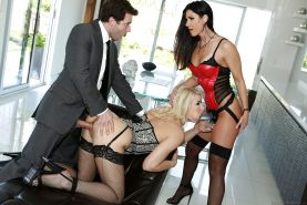 Horny threesome with strapon lesbians India Summer and Anikka Albrite