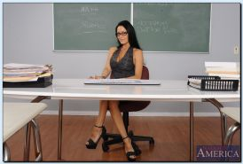 Kicky teacher Vanilla DeVille uncovering her amazing body in the classroom