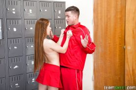 Teen cheerleader Kimberly Brix taking hardcore fucking from big cock