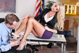 Blonde babe Summer Brielle is having her tight pussy fucked on a table